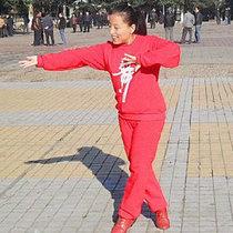 梅子广场舞