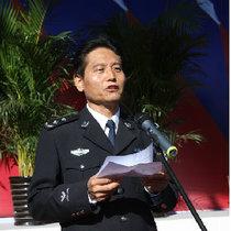 张卫健警察局